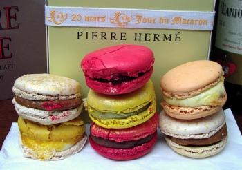pierre-herme-macarons1(1)[1]