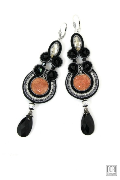 Jalousie earrings from Dori Csengeri